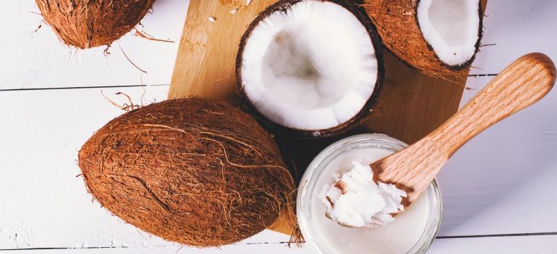 Óleo de coco: a verdade científica sobre este super alimento