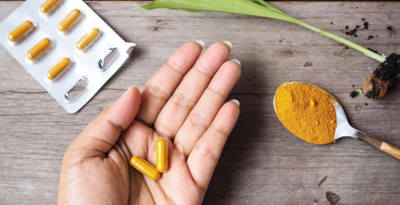Como consumir cúrcuma? Dosagem de cúrcuma para inflamação e outras condições